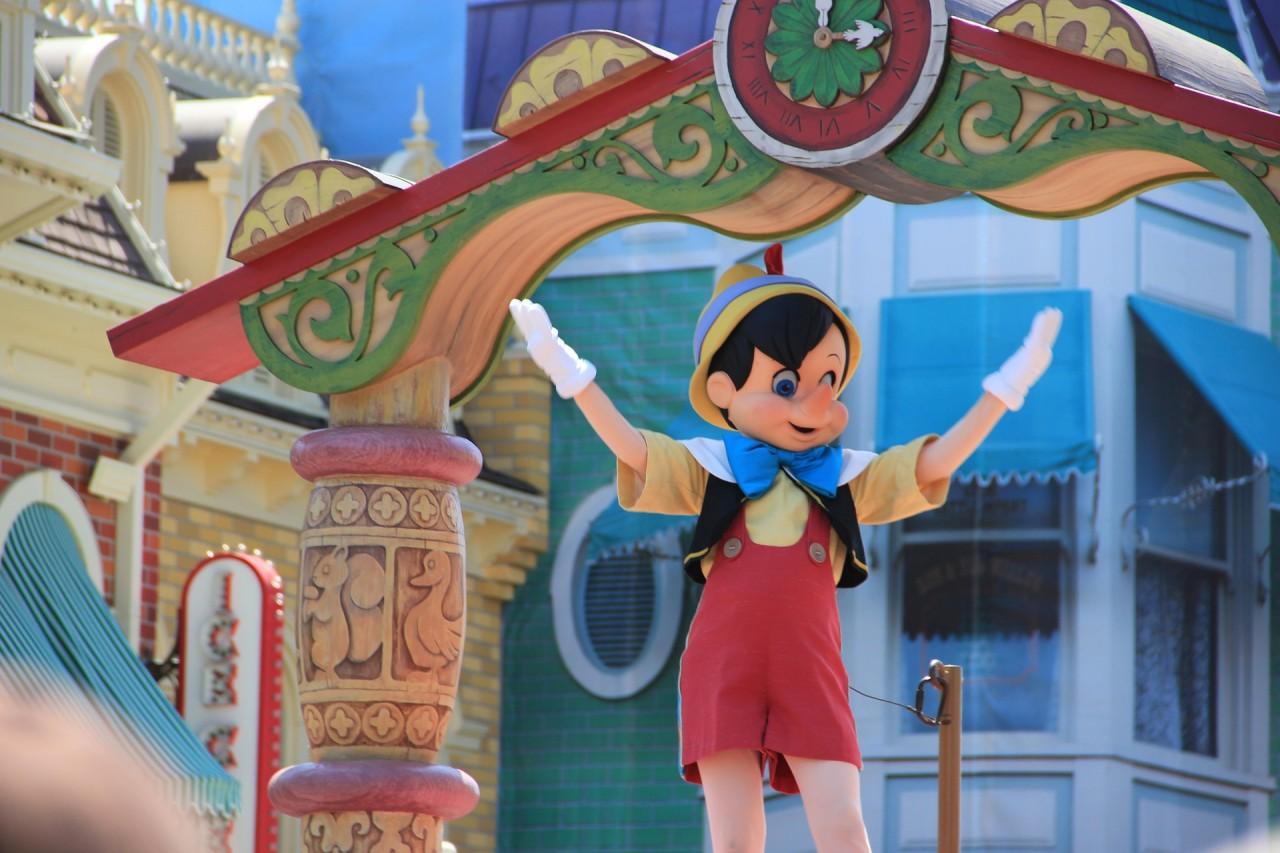 Carlo Collodi: Pinokkio kalandjai